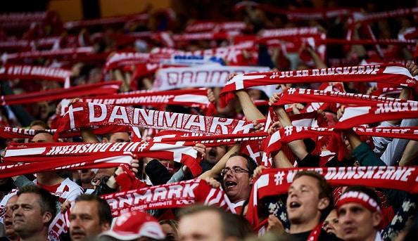 Danmark meget tæt på playoff-seedning – disse kampe skal du holde øje med i aften