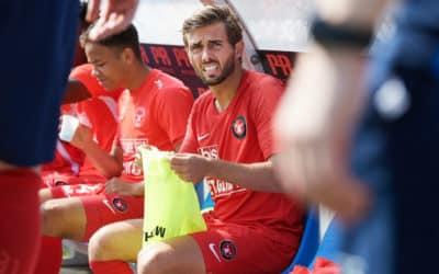 Jakob Poulsen på vej væk fra FC Midtjylland