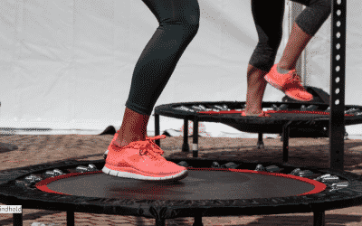 Hold dig i form med Jumping Fitness